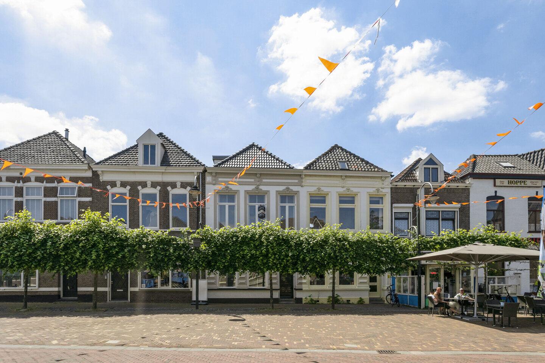 37062-markt_15-steenbergen-1381839505